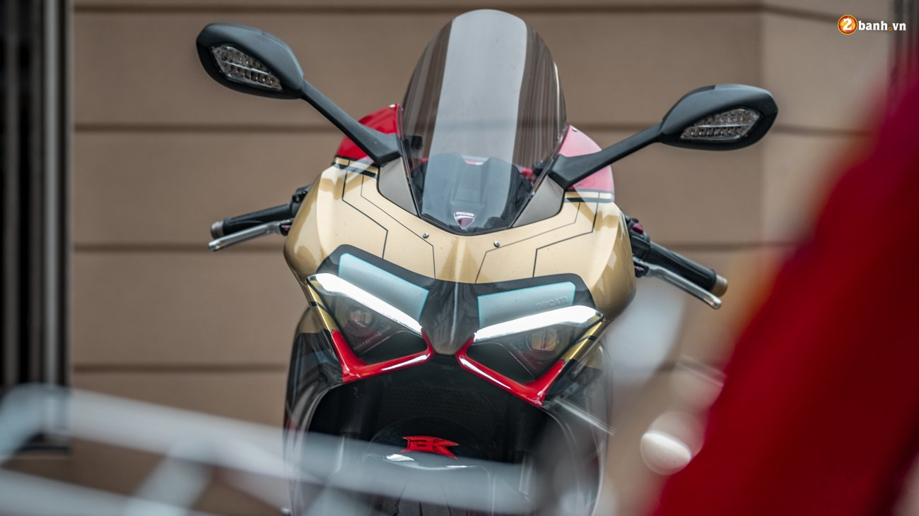 ducati panigale v4 decal iron man